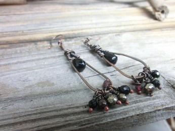 Copper wire with onyx, pyrite and garnet