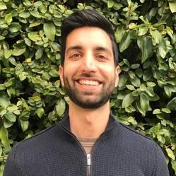Dr Shidan Tosif