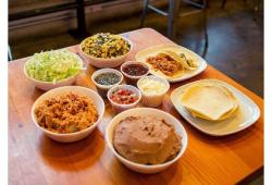 La Taquisa Taco Kit
