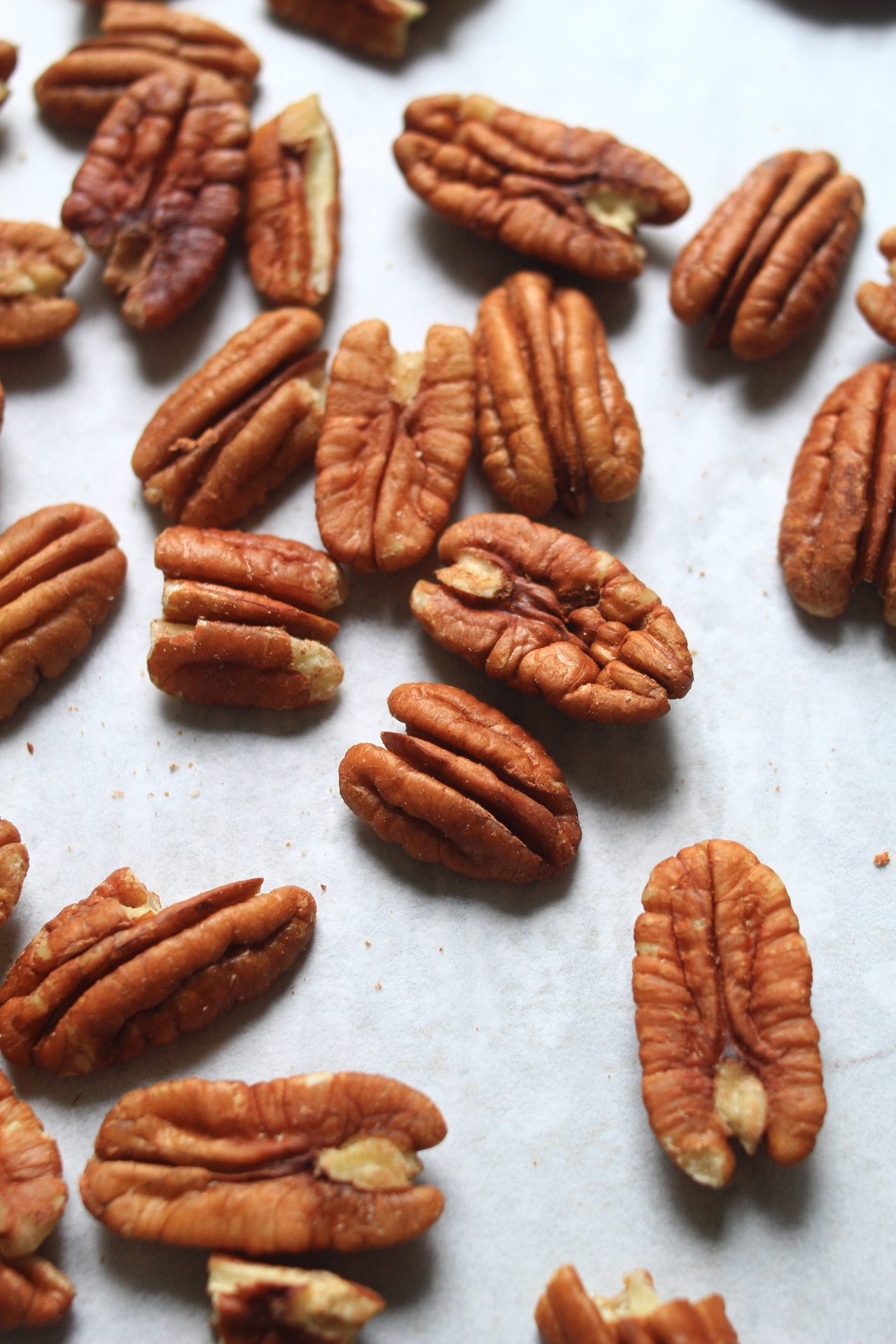 How to toast pecans int he oven
