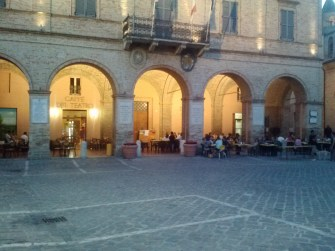 Some more tables on the other side of the piazza.