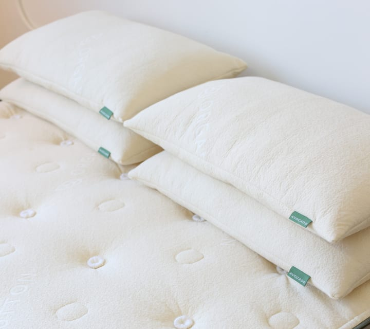 The story behind the manufacturing of a comfy bed isn't always pretty, but thankfully vegan bedding is a readily available option - like this vegan mattress by Avocado.