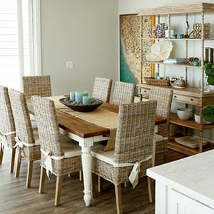 A Coastal home decor style dining room.