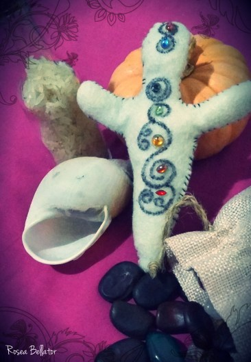 a boneca ancestral - rosea bellator, a boneca ancestral empoderamento feminino - a boneca ancestral como fazer - a boneca ancestral ervas e cristais