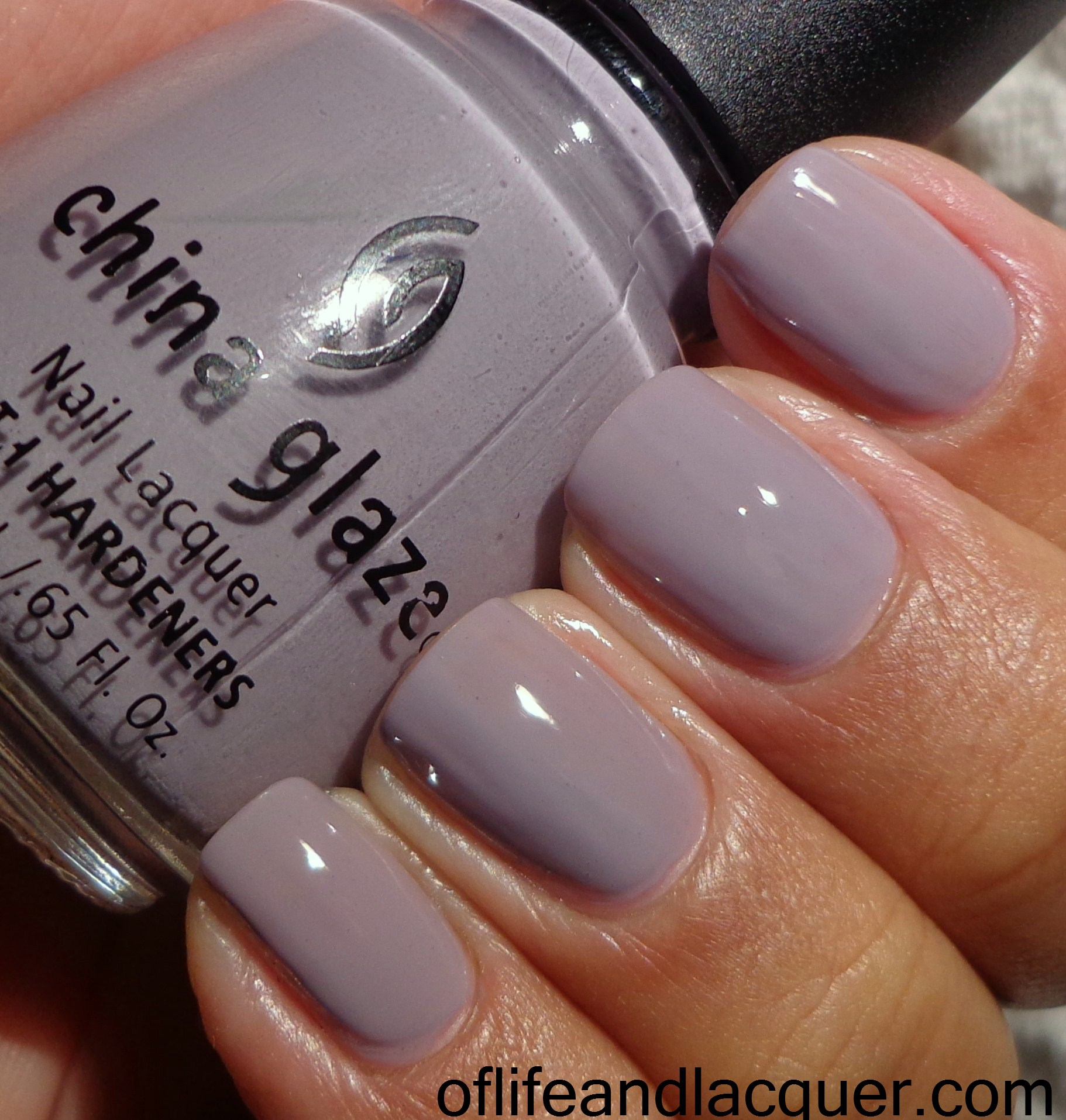 31 Inspired Days of Nail Art – Day 20: Delicate Print Nails - Of ...