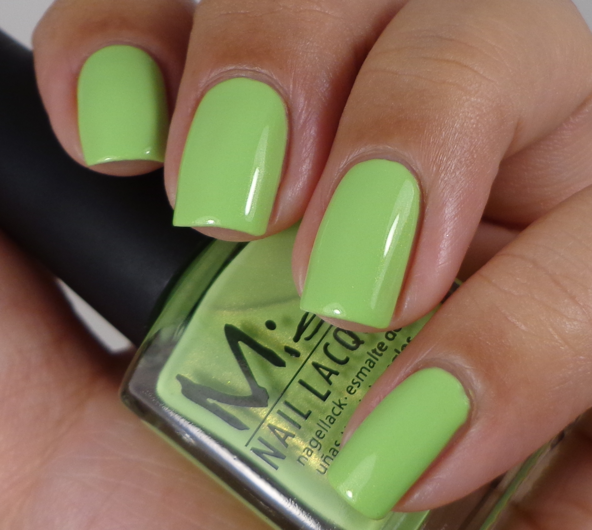 Misa Lime Love 3 - Of Life and Lacquer
