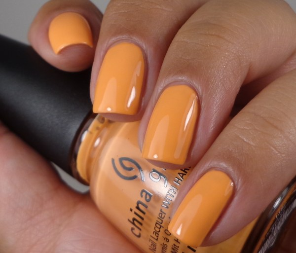 China Glaze When In Doubt, Surf It Out 1