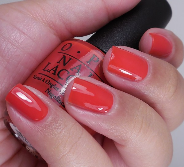 OPI Fasion A Bow 2