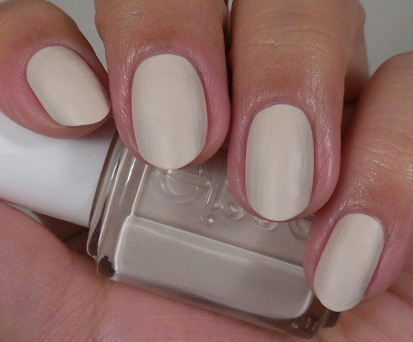 Essie Wrap Me Up 1
