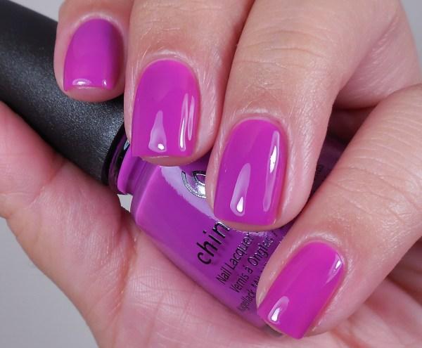 China Glaze Violet-Vibes 1