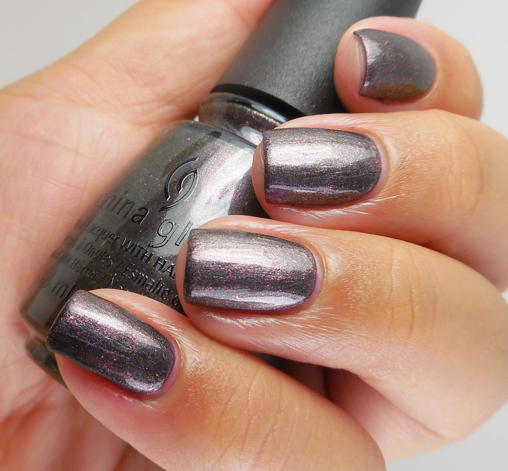 China Glaze Heroine Chic 2