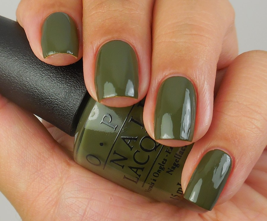 OPI Suzi - The First Lady Of Nails 1