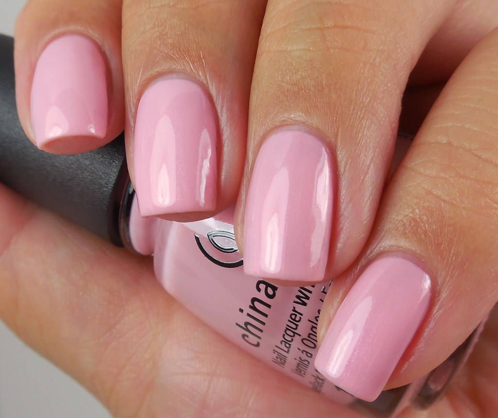 china-glaze-eat-pink-be-merry-1