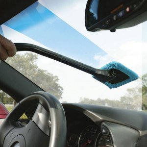 I don't think there is an easier way to clean your car windows! Use this tool clean you windows with ease.