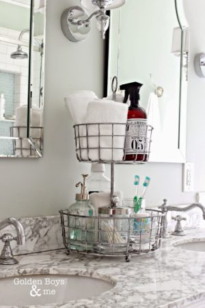 mb1 e1500430381260 - 11 Super Creative Ways to Organize Your Bathroom Using Baskets