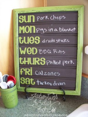 I love the idea of making my own chalkboard dinner menu for the week. Repin for later!
