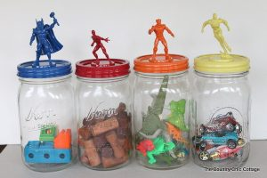 These DIY action figure mason jar organizers are sweet. The boys will love this! Repin!