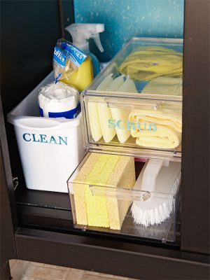 Label plastic containers to store your cleaning supplies under your sink. Repin if you like this idea!