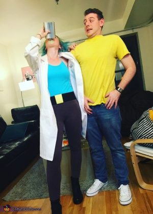 Caption this! Then repin! Love this Rick and Morty couples costume for halloween!