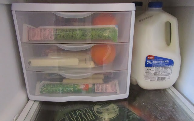 7 Brilliant Cleaning and Organizing Ideas for a Tidy Fridge