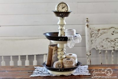 Love this rustic farmhouse organizer! Made with vintage pie pans!