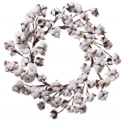 A cotton boll wreath is a must-have home decor item to get that perfectly charming farmhouse look and feel.