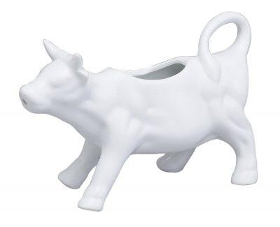 Love this cow creamer dish! #farmhousedecor