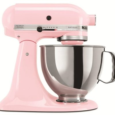 11 Must-Have Kitchen Decor and Appliances for Pink Lovers