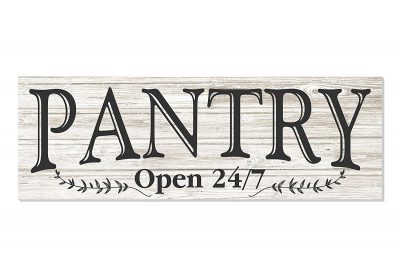 Love this rustic farmhouse Pantry sign! Would like to hang this up in my kitchen above the pantry door!