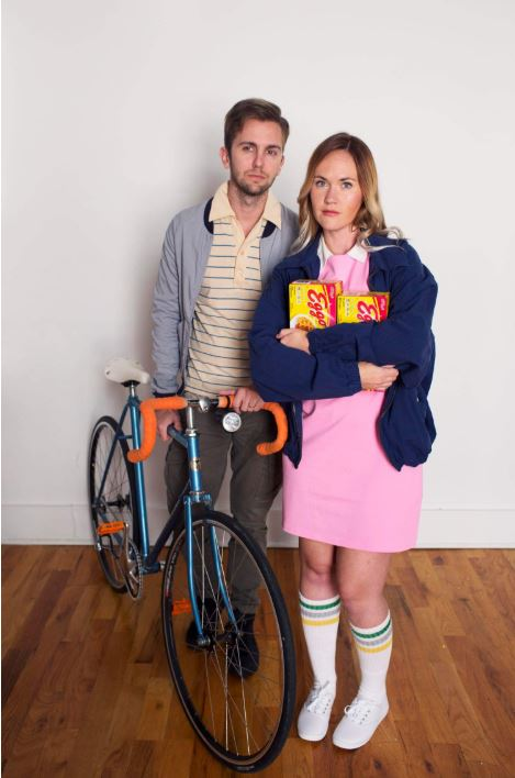 stranger things couple halloween costume - 50 Best Couples Halloween Costume Ideas for 2019