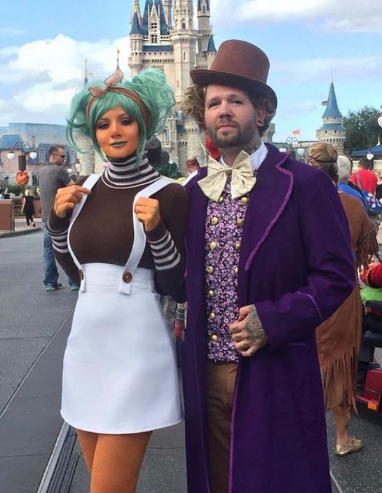 willie wonka couple halloween costume - 50 Best Couples Halloween Costume Ideas for 2019