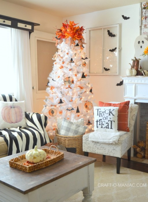 bats witch hats halloween tree - 18 Best Halloween Christmas Tree Decorating Ideas for 2019