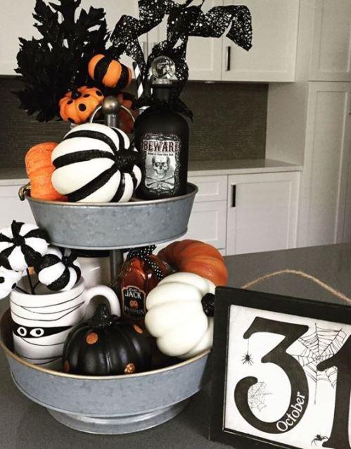 halloween tiered tray decor 10 - 19 Fabulous Halloween Tiered Tray Decor Ideas
