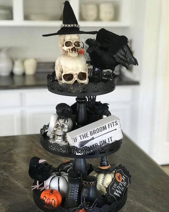 halloween tiered tray decor 15 - 19 Fabulous Halloween Tiered Tray Decor Ideas
