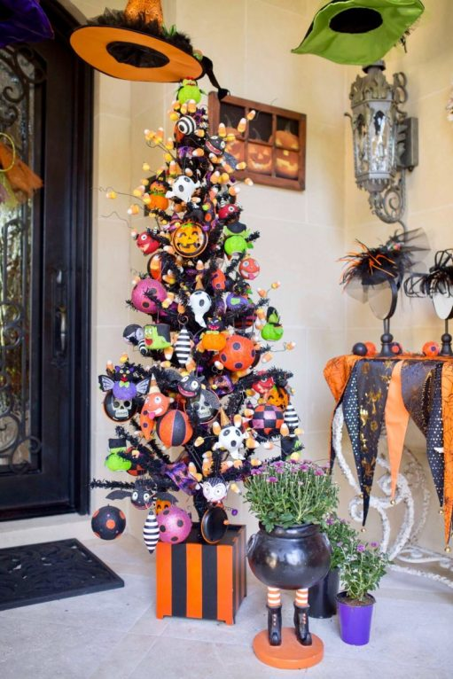 halloween tree front porch - 18 Best Halloween Christmas Tree Decorating Ideas for 2019