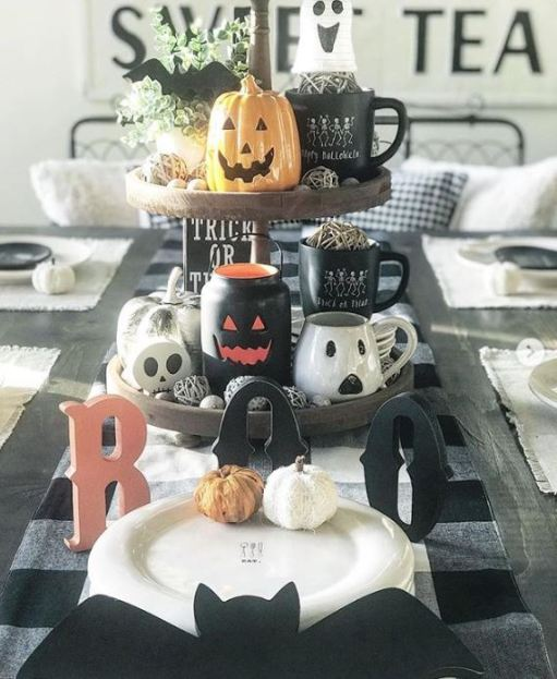 pumpkin halloween tiered tray decor - 19 Fabulous Halloween Tiered Tray Decor Ideas