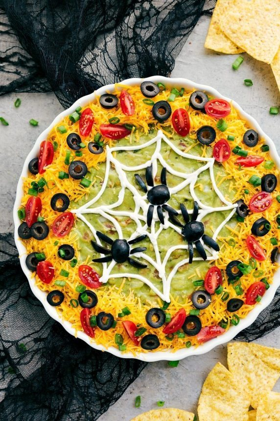 halloween taco dip - 15 Most Brilliant Halloween Party Food Ideas