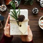 Learn how you can make EXTRA money before the holidays! Great ideas for saving and making money before Christmas! #christmas #money