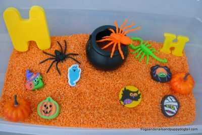 Help your little one learn letters and new words with a sensory bin!
