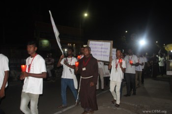 7.Peace March with lighted candles