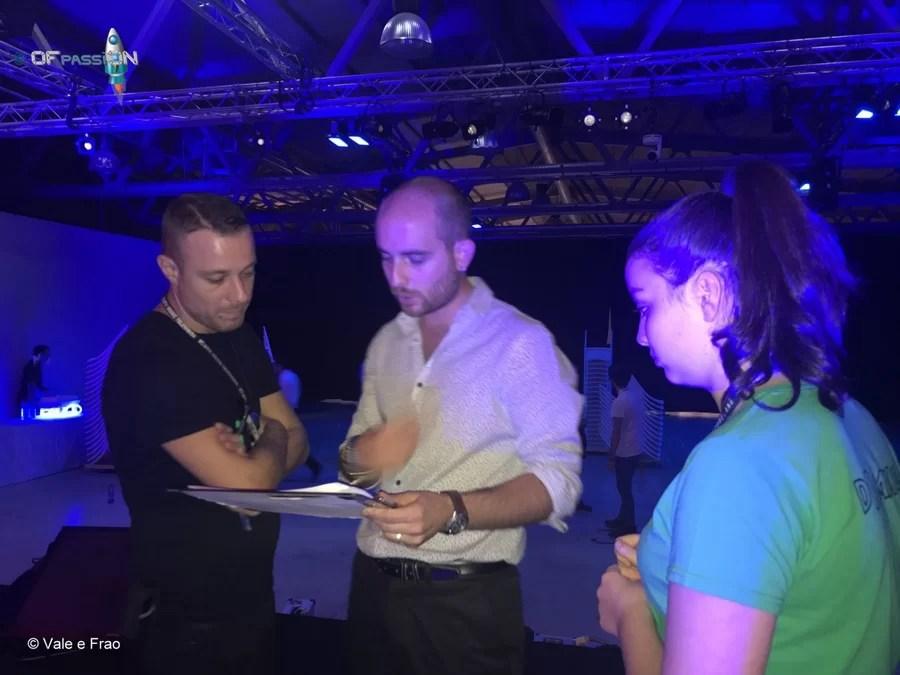valeria cagnina prima dello speaker sul palco di Futureland Milano
