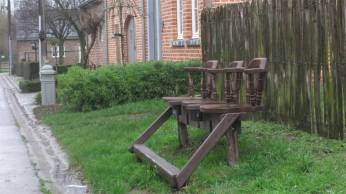 The most curious and elaborate park bench I encountered so far along my trail through Belgium.