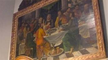 Many of the public buildings display paintings that would normally be found in high priced museums. The Last Supper by a local painter who aspired to become famous like Rubens (16/17th century)