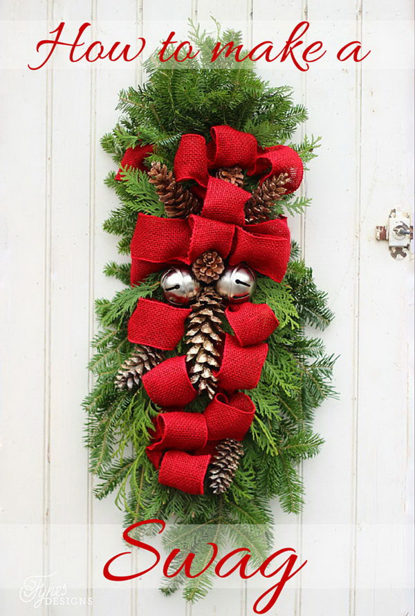 20 Creative DIY Christmas Door Decoration Ideas
