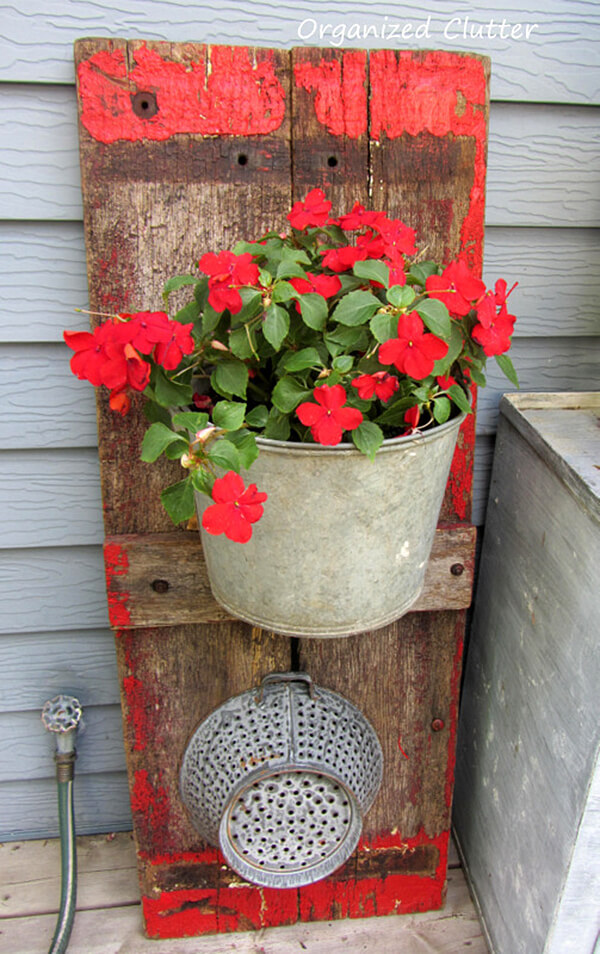 25 DIY Decorating Ideas To Spring Up Your Front Porch