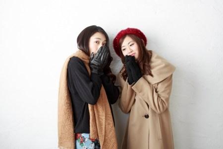 寒そうな日本女子