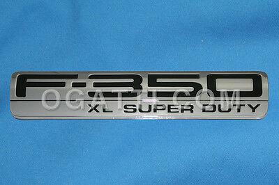Brand New OEM NAME PLATE 5C3Z-16720-CB |16720|