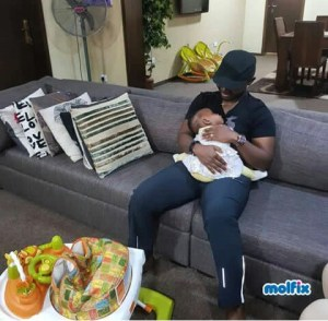 LOOK AT WHAT HAPPENED TO #COMEDIAN TEJUBABYFACE FOR BABYSITTING FOR HOURS!