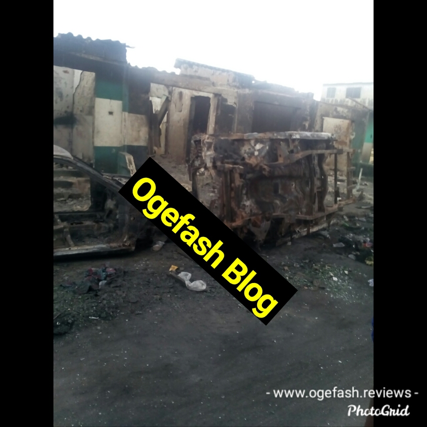 SOMOLU POLICE STATION AND ALADE MARKET BURNT BEYOND RECOGNITION IN THE END SARS SAGA! VIEW PICTURES HERE…
