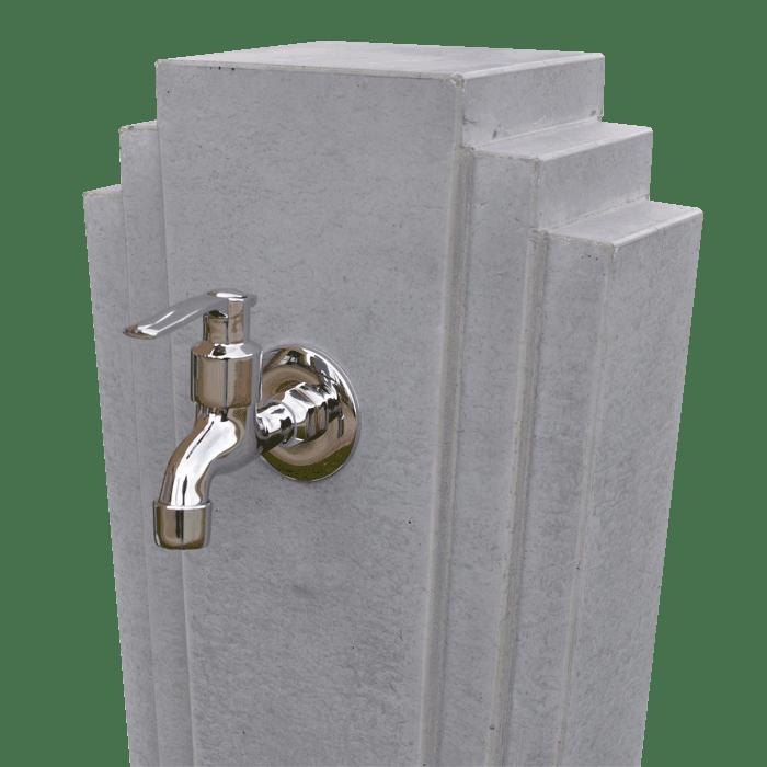 OGGI-Beton, Wasserzapfstelle ADINA, Detail